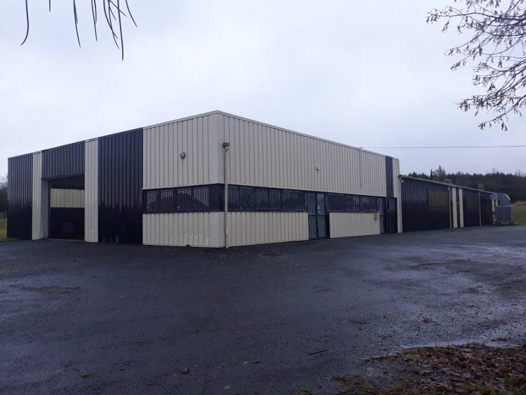 Offre n° 10 – Bâtiment professionnel de 800 m2 à JUMILHAC LE GRAND