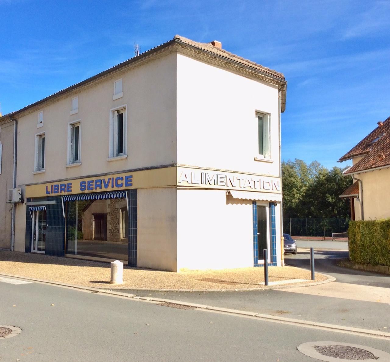 Offre n° 7 – Local commercial + habitation à Corgnac sur l'Isle